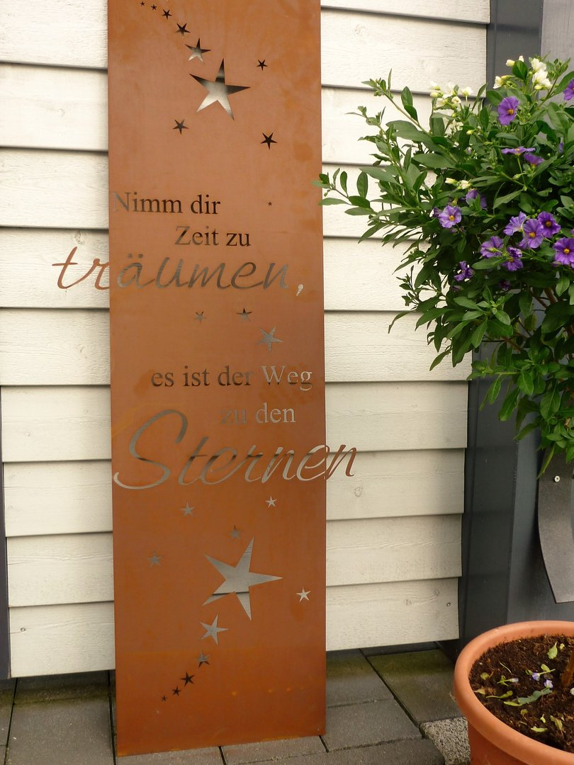 spruch tafel weg zu den sternen garten schild metall rost deko edelrost gartendekorationen shop. Black Bedroom Furniture Sets. Home Design Ideas